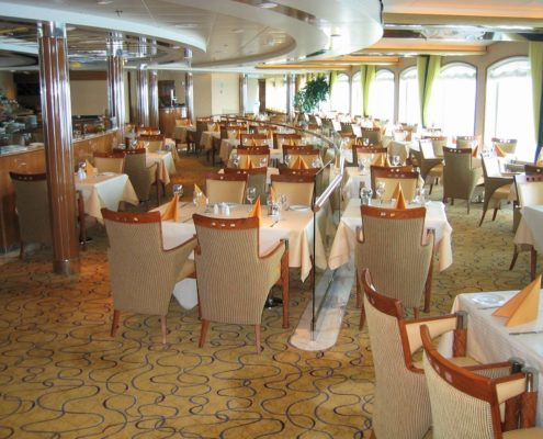indoor-restaurant-furniture
